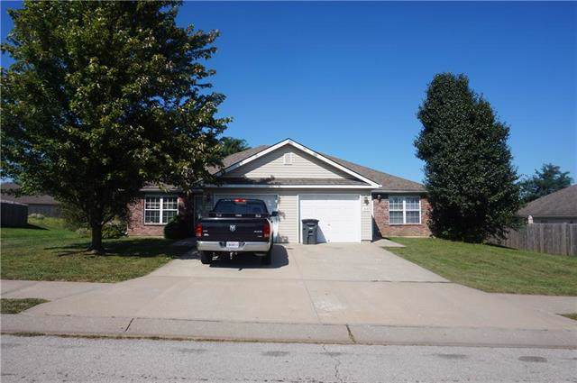 1517 Champion Drive, Pleasant Hill, MO 64080 (#2199475) :: Edie Waters Network