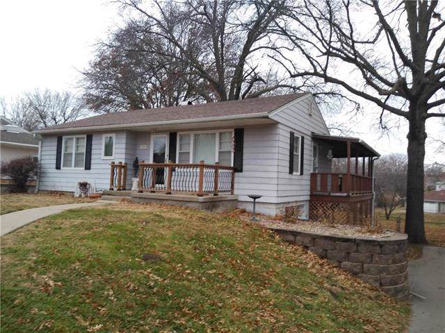 1708 S 39th Street, St Joseph, MO 64507 (#2199520) :: Eric Craig Real Estate Team
