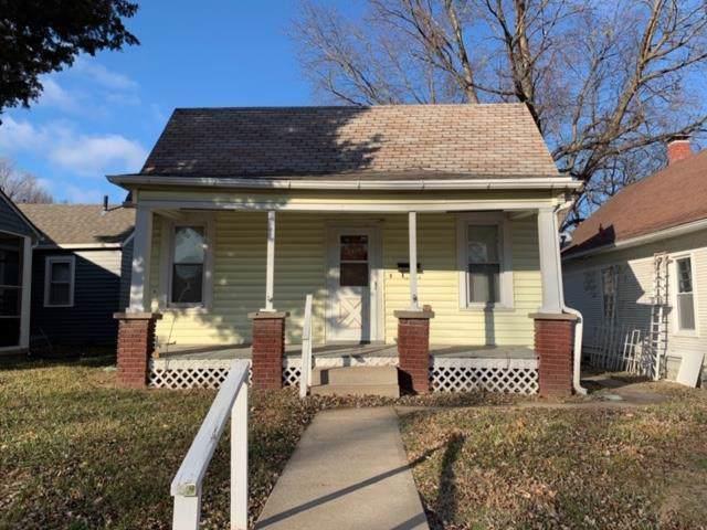 2823 Seneca Street, St Joseph, MO 64507 (#2199671) :: Eric Craig Real Estate Team