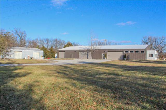 28930 S Grand Avenue Road, Sedalia, MO 65301 (#2199698) :: Eric Craig Real Estate Team