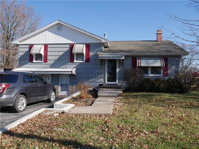 1011 S Main Street, La Monte, MO 65337 (#2199734) :: Eric Craig Real Estate Team