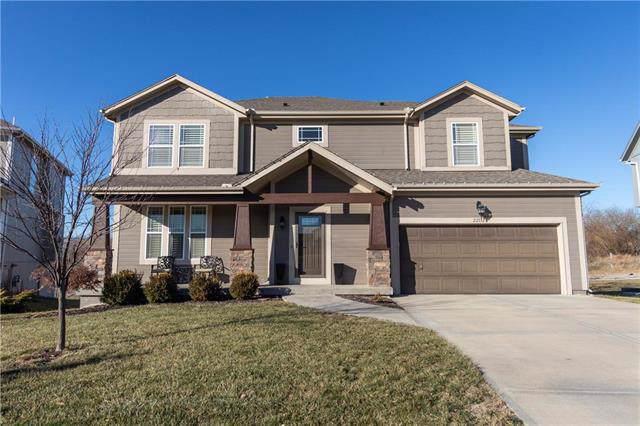 22132 W 95th Terrace, Lenexa, KS 66220 (#2199790) :: Eric Craig Real Estate Team