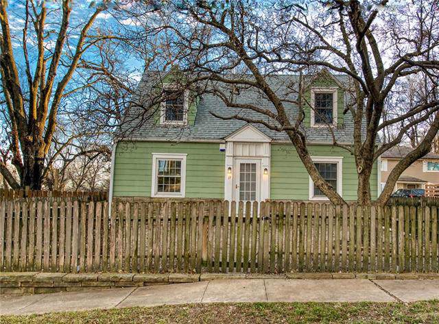17 W 5th Street, Parkville, MO 64152 (#2199796) :: Eric Craig Real Estate Team