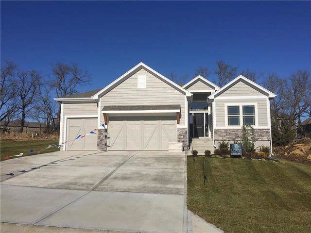 20590 W 113th Street, Olathe, KS 66061 (#2199808) :: NestWork Homes