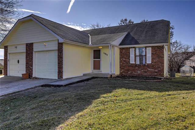 11917 W 117TH Terrace, Overland Park, KS 66210 (#2199848) :: NestWork Homes