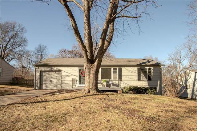 7016 Mackey Street, Overland Park, KS 66204 (#2199903) :: NestWork Homes