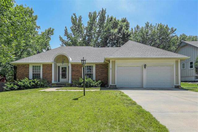12305 W 100TH Street, Lenexa, KS 66215 (#2199919) :: House of Couse Group