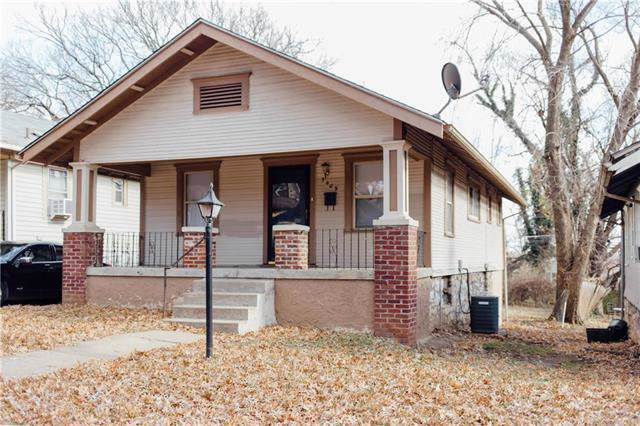 5409 Olive Street, Kansas City, MO 64130 (#2199920) :: NestWork Homes