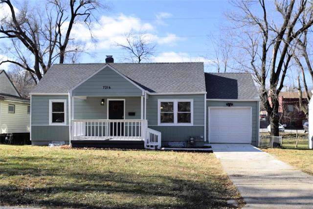 7216 Forest Avenue, Kansas City, MO 64131 (#2199933) :: House of Couse Group
