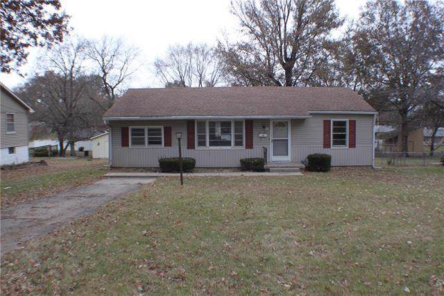 305 E Chestnut Street, Odessa, MO 64076 (#2199947) :: The Shannon Lyon Group - ReeceNichols