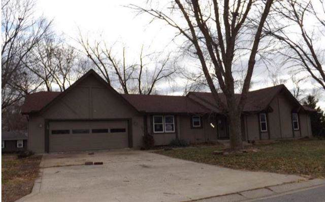 401 Southbrook Parkway, Kearney, MO 64060 (#2199979) :: Clemons Home Team/ReMax Innovations