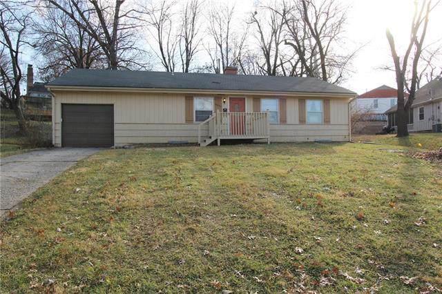 9005 Belleview Avenue, Kansas City, MO 64114 (#2199987) :: Team Real Estate