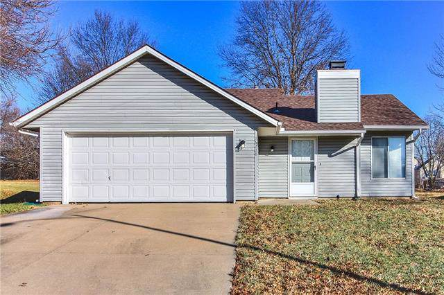 16208 W 132nd Terrace, Olathe, KS 66062 (#2200093) :: Team Real Estate