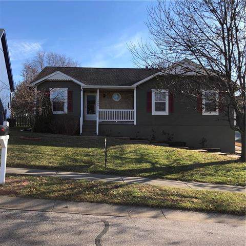 1868 Current Street, Liberty, MO 64068 (#2200188) :: Clemons Home Team/ReMax Innovations