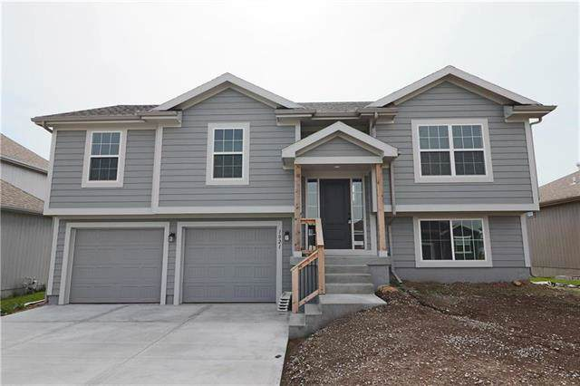 1021 SW Arborfair Drive, Lee's Summit, MO 64082 (#2200202) :: Clemons Home Team/ReMax Innovations