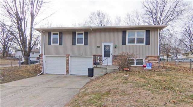 1010 Barley Lane, Buckner, MO 64016 (#2200208) :: Clemons Home Team/ReMax Innovations