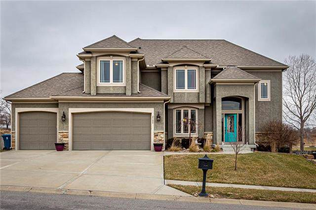 2108 Victory Lane, Kearney, MO 64060 (#2200301) :: Clemons Home Team/ReMax Innovations