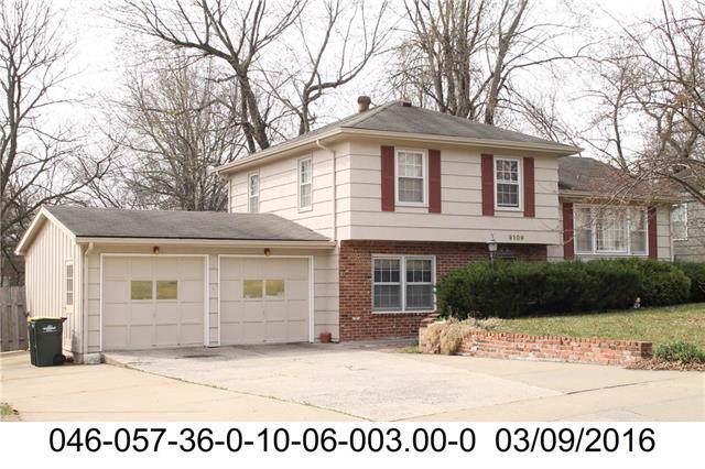 9109 W 88th Street, Overland Park, KS 66212 (#2200418) :: The Shannon Lyon Group - ReeceNichols