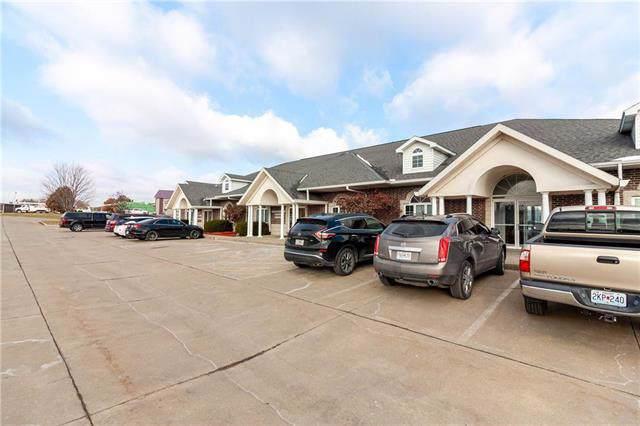 407 E Russell Street, Warrensburg, MO 64093 (#2200421) :: The Shannon Lyon Group - ReeceNichols