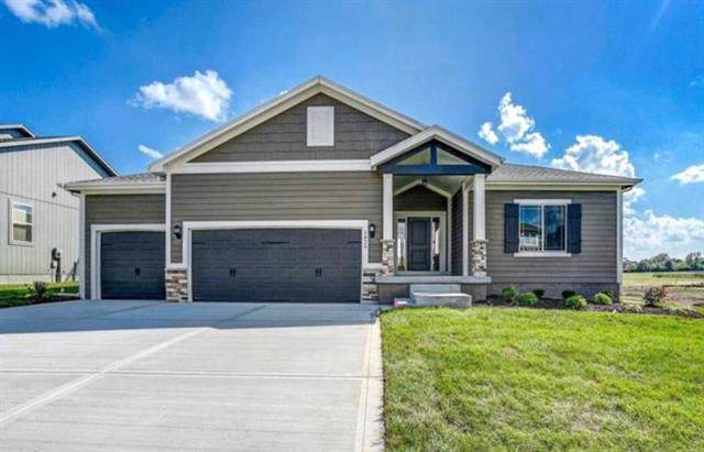 19000 Skyview Lane, Spring Hill, KS 66083 (#2200424) :: House of Couse Group