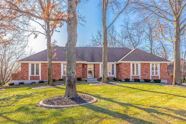 4916 S Conway Court, Independence, MO 64055 (#2200427) :: Ask Cathy Marketing Group, LLC