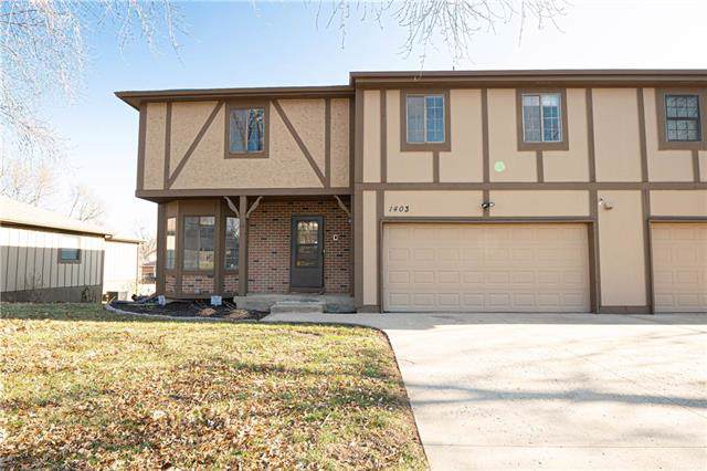 1403 N 43rd Street, St Joseph, MO 64506 (#2200449) :: House of Couse Group