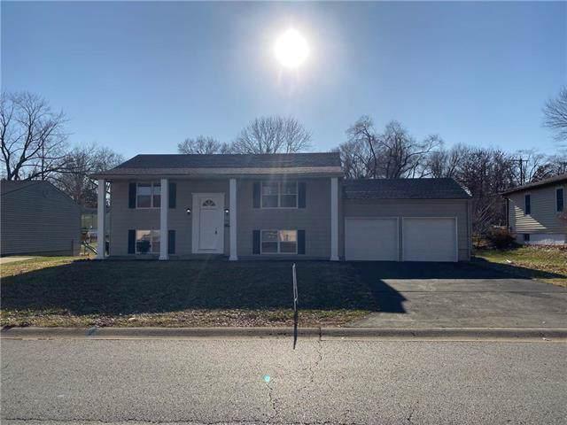 7933 NE 56th Street, Kansas City, MO 64119 (#2200470) :: The Shannon Lyon Group - ReeceNichols