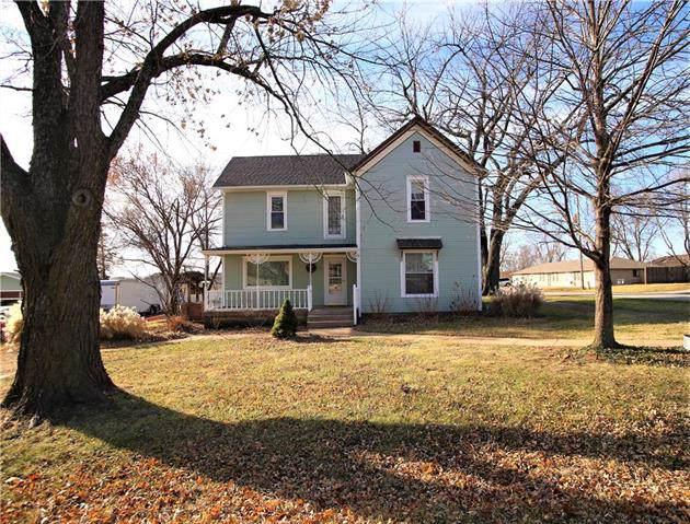 408 N Broadway Street, Louisburg, KS 66053 (#2200557) :: Eric Craig Real Estate Team