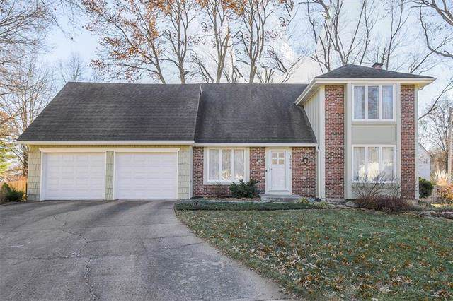 10230 Knox Drive, Overland Park, KS 66212 (#2200561) :: Team Real Estate