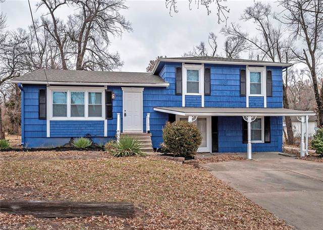 9008 E 87th Street, Raytown, MO 64138 (#2200563) :: Eric Craig Real Estate Team