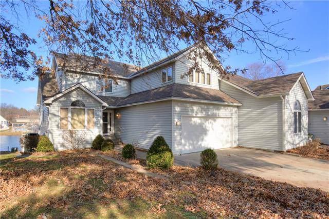 1123 NE Waterfield Village Drive, Blue Springs, MO 64014 (#2200570) :: Eric Craig Real Estate Team