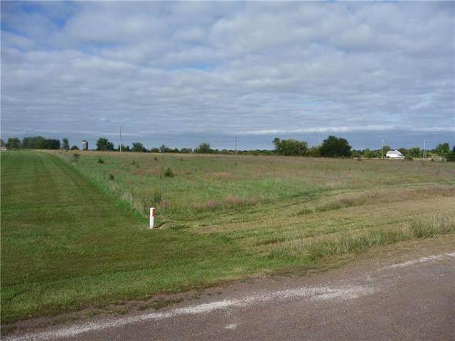 4061 Stoneview Terrace, Ottawa, KS 66067 (#2200586) :: Eric Craig Real Estate Team