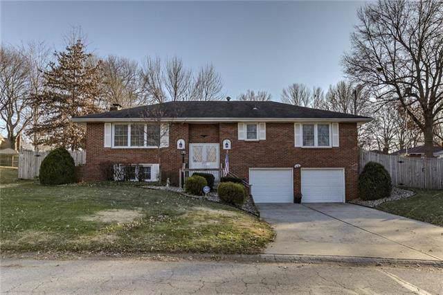 1308 SW Morningside Drive, Blue Springs, MO 64015 (#2200600) :: Eric Craig Real Estate Team