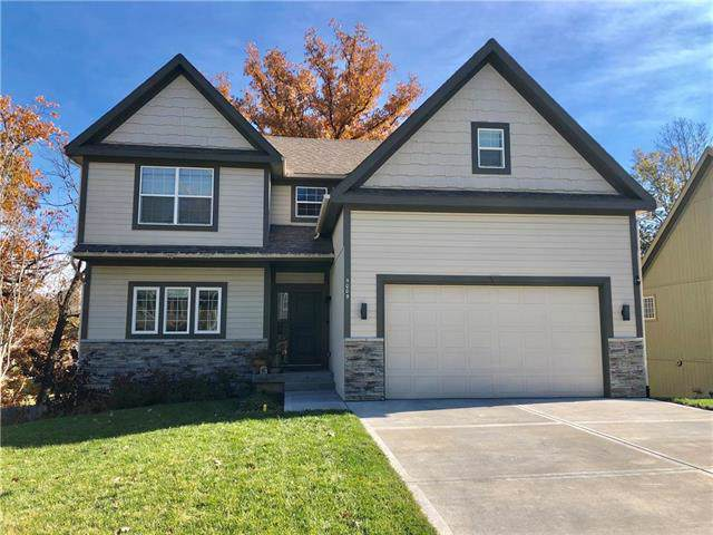 5009 NW Timberline Drive, Riverside, MO 64150 (#2200609) :: The Shannon Lyon Group - ReeceNichols