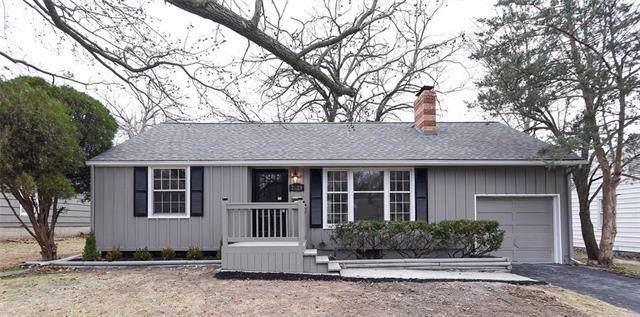 7628 Juniper Street, Prairie Village, KS 66208 (#2200614) :: House of Couse Group
