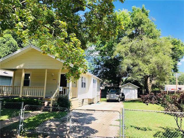 Wabash Avenue #5943, Kansas City, MO 64130 (#2200668) :: House of Couse Group