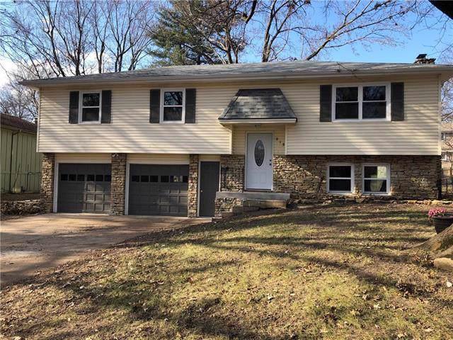 415 S Meadowbrook Lane, Olathe, KS 66062 (#2200698) :: Team Real Estate