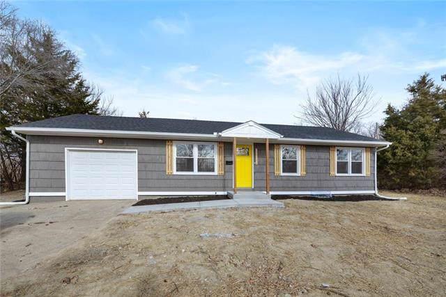 10306 E 43rd Street, Kansas City, MO 64133 (#2200753) :: House of Couse Group