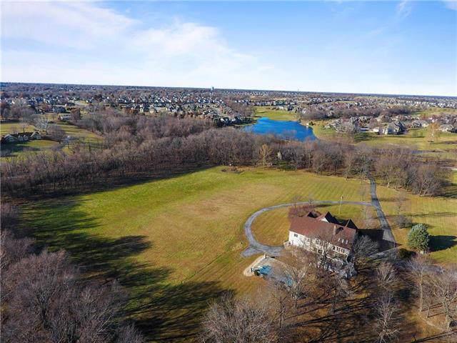 9821 N Brooklyn Avenue, Kansas City, MO 64155 (#2200799) :: Team Real Estate