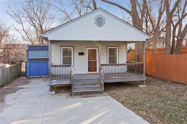 7349 Belinder Avenue, Prairie Village, KS 66208 (#2200808) :: Team Real Estate