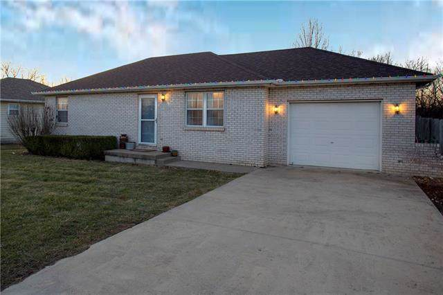 44 NW 291st Road, Centerview, MO 64019 (#2200810) :: Shane Griffin Group