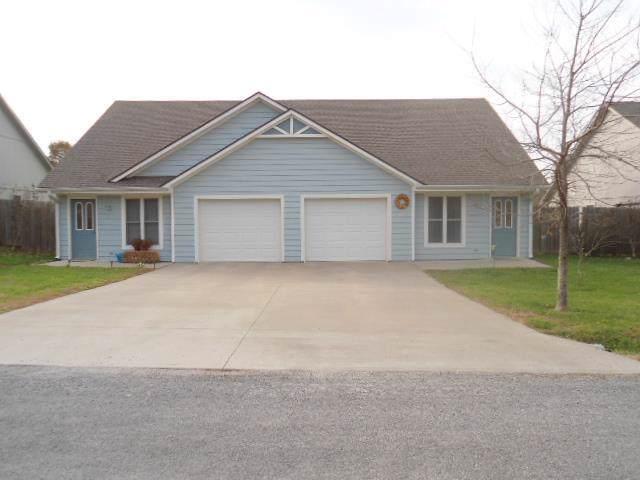 110 N Clark Avenue, Adrian, MO 64720 (#2200863) :: Dani Beyer Real Estate
