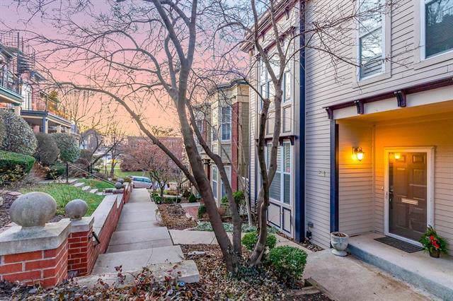 2911 Grand Avenue, Kansas City, MO 64108 (#2200917) :: Dani Beyer Real Estate
