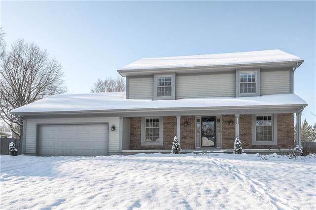 1105 W 121st Terrace, Kansas City, MO 64145 (#2201112) :: Eric Craig Real Estate Team