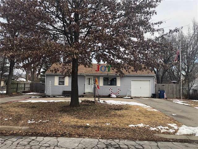 904 NE 67th Street, Gladstone, MO 64118 (#2201248) :: Eric Craig Real Estate Team