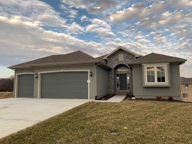 25172 W 148th Terrace, Olathe, KS 66061 (#2201552) :: Eric Craig Real Estate Team