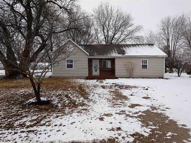 207 S Thompson Street, Butler, MO 64730 (#2201825) :: Dani Beyer Real Estate
