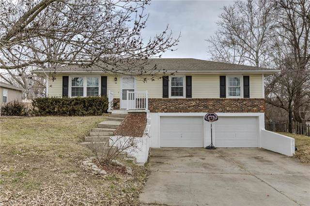 210 Crispin Street, Richmond, MO 64085 (#2201897) :: Edie Waters Network