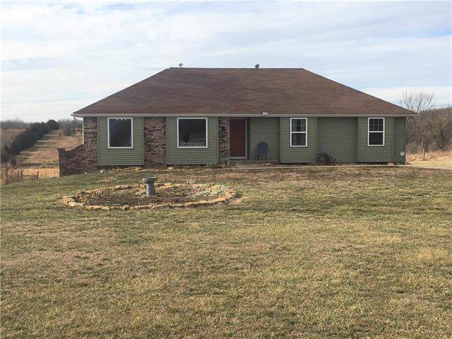 11683 59 Highway, Oskaloosa, KS 66066 (#2201940) :: Eric Craig Real Estate Team