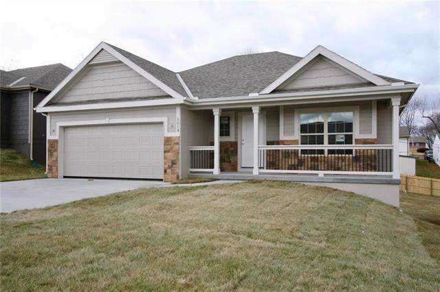 8640 NW 74th Street, Kansas City, MO 64152 (#2201980) :: Eric Craig Real Estate Team